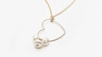 Collier cœur de perles