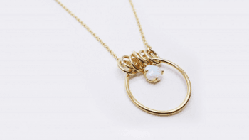 Collier anneaux opale