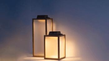 Lanterne Solaire en teck - autonomie de 4 à 150 heures