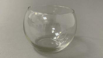 Vase boule en verre