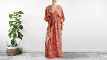 Robe longue fendue sur les côtés orange