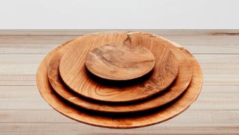 Assiette ronde en racine de teck