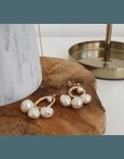 Côté Maison Intérieur propose une gamme mode : vêtements, sac, bijoux.
